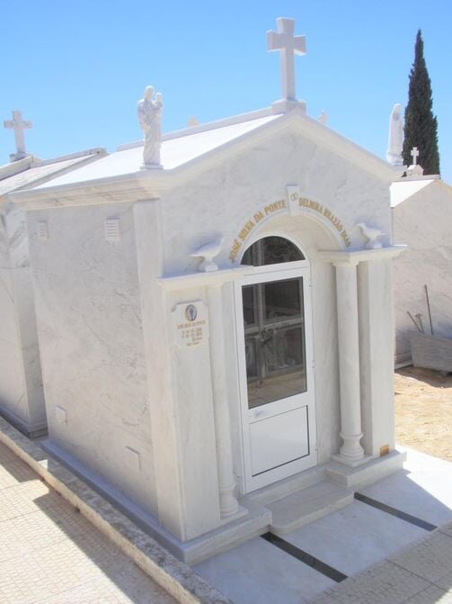Graves and Tombs