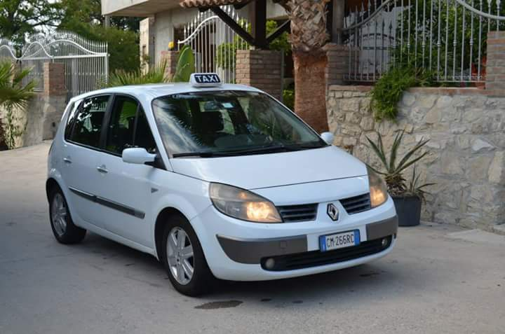 Taxi Renault
