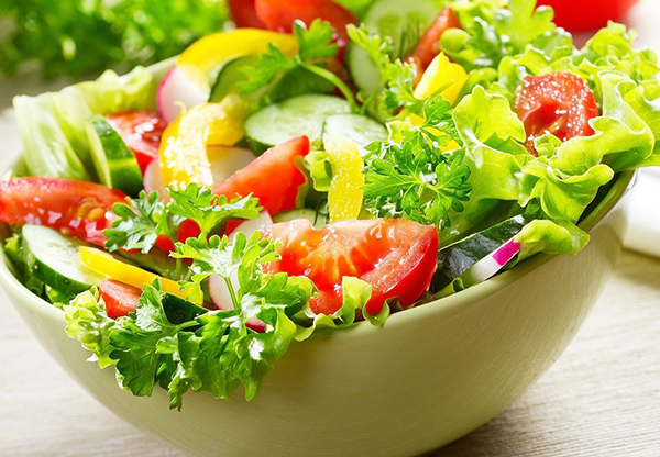 Salad-tomatoes-and-vegetables
