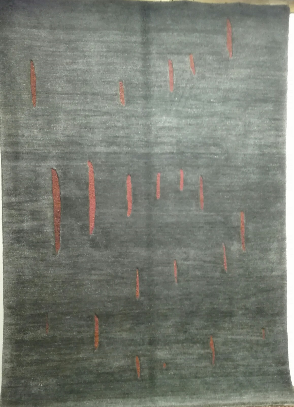NEW DESIGN COLLECTION 2,40X1,65 € 1650 - 70% € 495