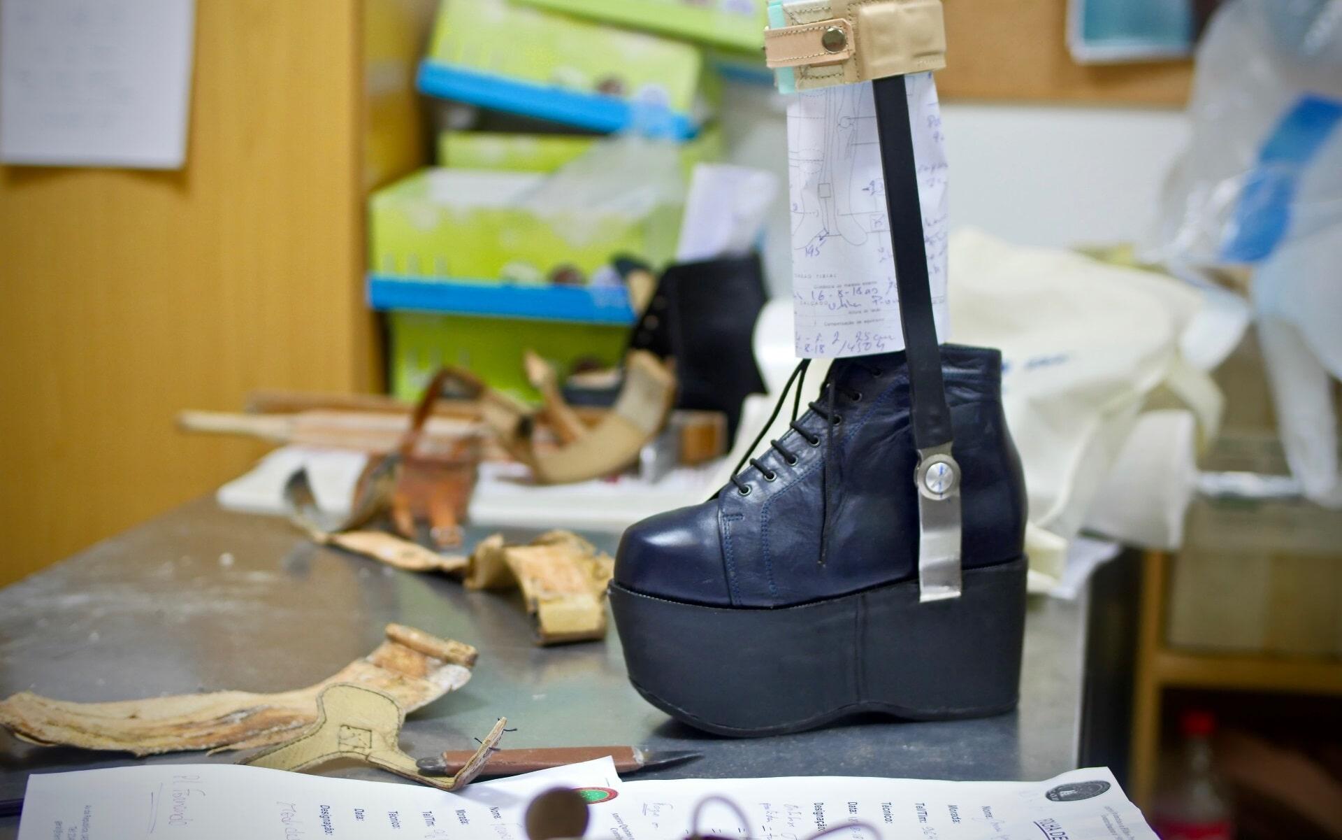 calçado ortopédico por medida