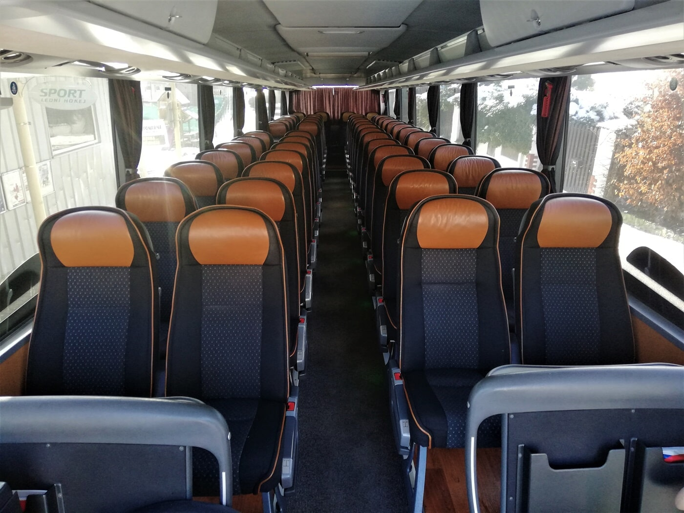 Setra - Mini-bus and coach hire in Prague
