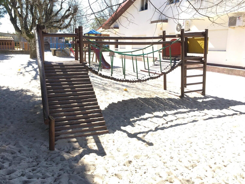 Parque Infantil - Substituição Rolos Madeira Ponte