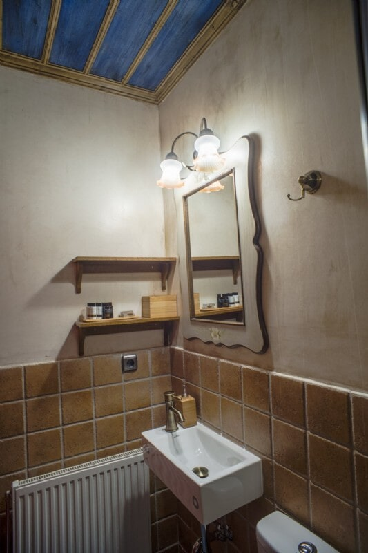 Villa Lilium - Bathroom (Ground Floor)