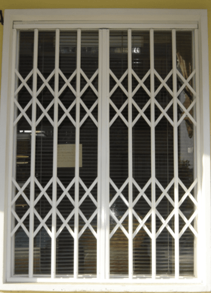 Doors Assembly and Technical Assistance Loule Doors 1