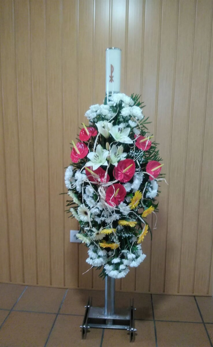 Flowers and wreaths for funerals