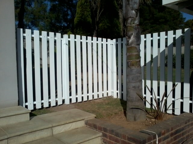Machined Pine Fence - Painted White