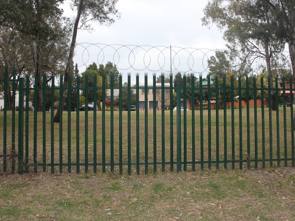 Steel Palisade with Flatwrap Attached
